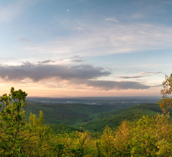 Early morning panorama on top of the East Side of White Rock Mountain